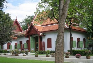 Royal Elephant National Museum 300x202 5 Free Attractions To See in Bangkok