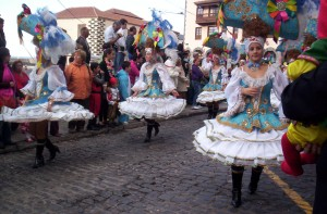 Carnival de Tenerife 300x197 Ten Great Things to do in Tenerife