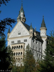 Neuschwanstein Castle 225x300 Top Castles To Visit In Europe