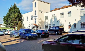 hotel near chiswick 300x180 Hotel Near Chiswick   The Right Accommodation Service for the Customers